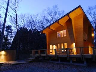 宮川邸: ミズタニ デザイン スタジオが手掛けた家です。