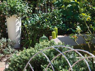 Giardini Giordani Jardin moderne Métal Vert