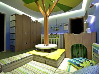 Casa Cor RS 2014 – Floresta Encantada: Quarto infantil  por Mundstock Arquitetura,