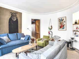 cristina velani Modern living room White