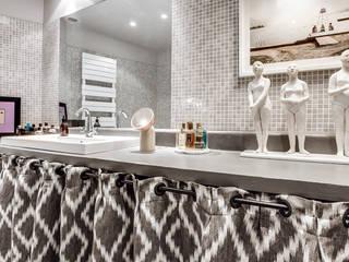 Bathroom by cristina velani