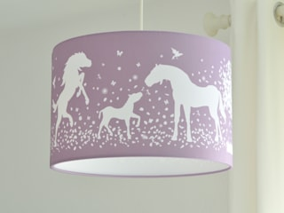 Lampenschirm Pferde - in allen Farben möglich von Lieblings-Lampenschirme Klassisch