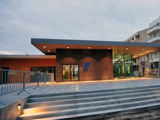 Estação Ferroviária de Espinho Aeropuertos de estilo moderno de MIGUEL VISEU COELHO ARQUITECTOS ASSOCIADOS LDA Moderno