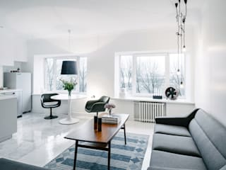 Skandinavisch Einrichten in einem alten Holzhaus in Tallinn Scandinavian style living room by Baltic Design Shop Scandinavian