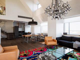 Salas de estilo minimalista por Baltic Design Shop