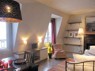 Гостиная в стиле модерн от cristina velani Модерн
