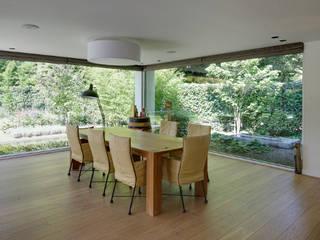 uitbreiding woonhuis Moderne woonkamers van JMW architecten Modern