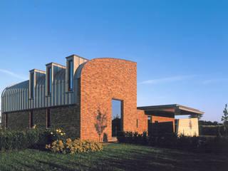Casas modernas por Engelman Architecten BV Moderno