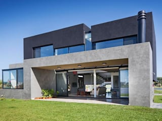Дома в стиле модерн от Speziale Linares arquitectos Модерн