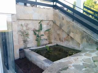 ICONS GALICIA Casas de estilo moderno de ICONS GALICIA Moderno