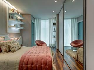Residência em Ibirité / MG: Quartos  por Isabella Magalhães Arquitetura & Interiores,