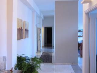 Casa ML: Ingresso & Corridoio in stile  di baustudio