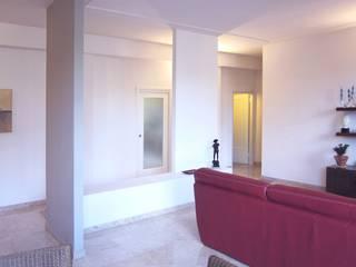 Casa ML: Soggiorno in stile  di baustudio