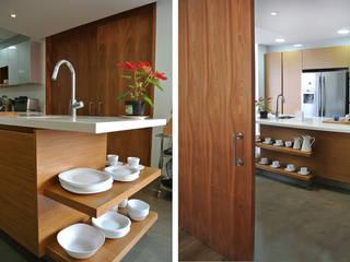 Detalle Cocina: Cocinas de estilo  por KDF Arquitectura