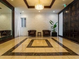 Corridor and hallway by QUALIA, Classic