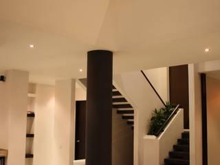 Houses by homify, Modern Bricks