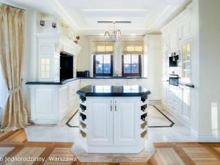 Auraprojekt Nhà bếp phong cách kinh điển White