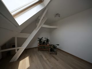 Vdm M Moderne gangen, hallen & trappenhuizen van Rove Modern