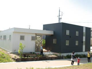株式会社タバタ設計 Casas modernas