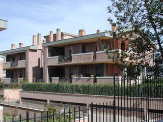 Complesso Via Brogi, ROMA Case moderne di Studio Cardone - C.SA.C. Moderno