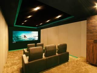 Portfolio CPD Sound & Vision Modern Media Room