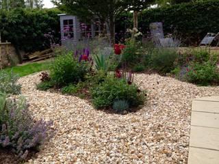 See through planting by Cornus Garden Design Сучасний