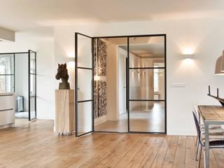 Jolanda Knook interieurvormgeving Salones de estilo moderno