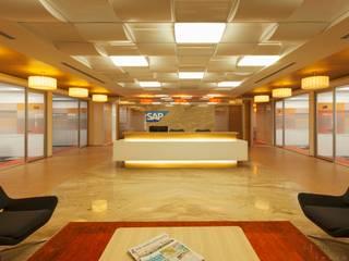 Estudios y despachos de estilo  de Prabu Shankar Photography, Moderno