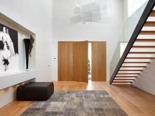 Molins Design Mediterranean corridor, hallway & stairs Wood White