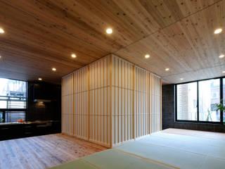 綱島の住宅 ミニマルデザインの リビング の 山本晃之建築設計事務所 ミニマル