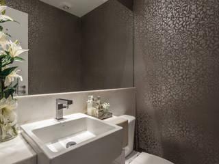 Apartamento Alphavile Banheiros modernos por Morávia - Arquitetura e Interiores Moderno
