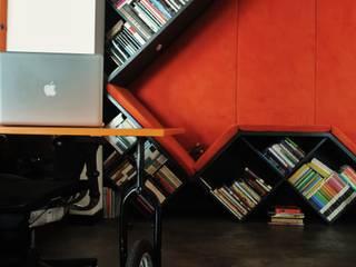 ESTUDIO DUSSAN Eclectic style study/office