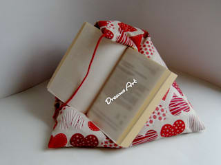 Lesekisschen, Tabletstütze Sweet Heart:   von Dreams Art
