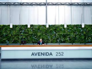 Wonder Wall - Jardins Verticais e Plantas Artificiais Edificios de oficinas de estilo moderno