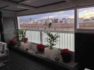 Moderner Balkon, Veranda & Terrasse von Juanjo Álvarez Modern