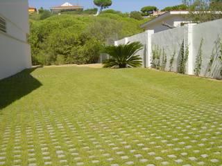 Mazagón: Jardines de estilo  de Estudio Marta Byrne Paisajismo