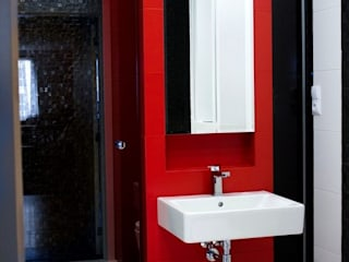 Bathroom by Auraprojekt, Modern