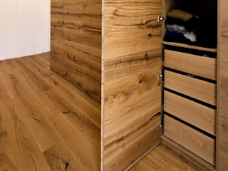 Held Schreinerei BedroomWardrobes & closets Kayu Wood effect