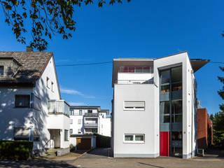 Straßenansicht:  Häuser von aaw Architektenbüro Arno Weirich