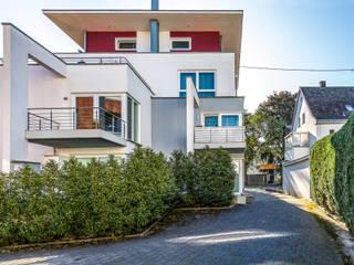 Rückansicht mit Balkonen:  Häuser von aaw Architektenbüro Arno Weirich