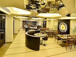 ZUCCHINI Modern hotels by Priyanka Arjun and Associates Modern