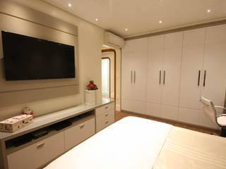 Moderne slaapkamers van Daniela Hescheles Arquitetura Modern
