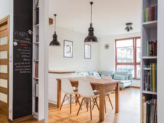Livings de estilo escandinavo de Kameleon - Kreatywne Studio Projektowania Wnętrz Escandinavo