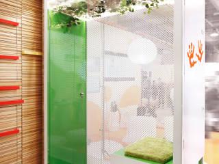 by Estudio de Arquitectura Teresa Sapey Minimalist