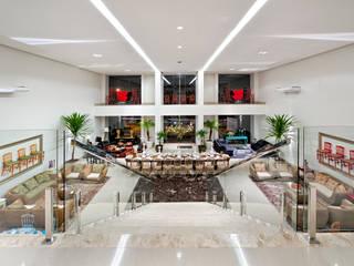 Sandra Kátia Junqueira Moderne Geschäftsräume & Stores