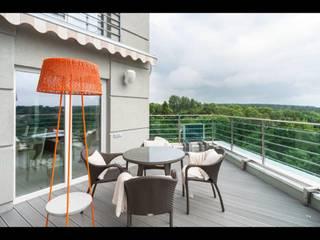 Квартира в г. Светлогорск. Балкон и терраса в стиле минимализм от Строймассив Минимализм