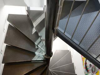 Châtillon d'Azergues réHome Couloir, entrée, escaliersEscaliers Métallisé / Argent
