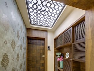 Agarwal Residence Modern corridor, hallway & stairs by Spaces and Design Modern