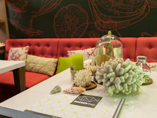 Eclectic style bars & clubs by Yucubedesign Eclectic