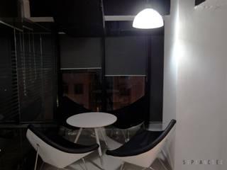 Minimalistische kantoor- & winkelruimten van Space Sense Minimalistisch